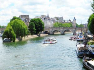 Cheap-Tickets-to-Paris