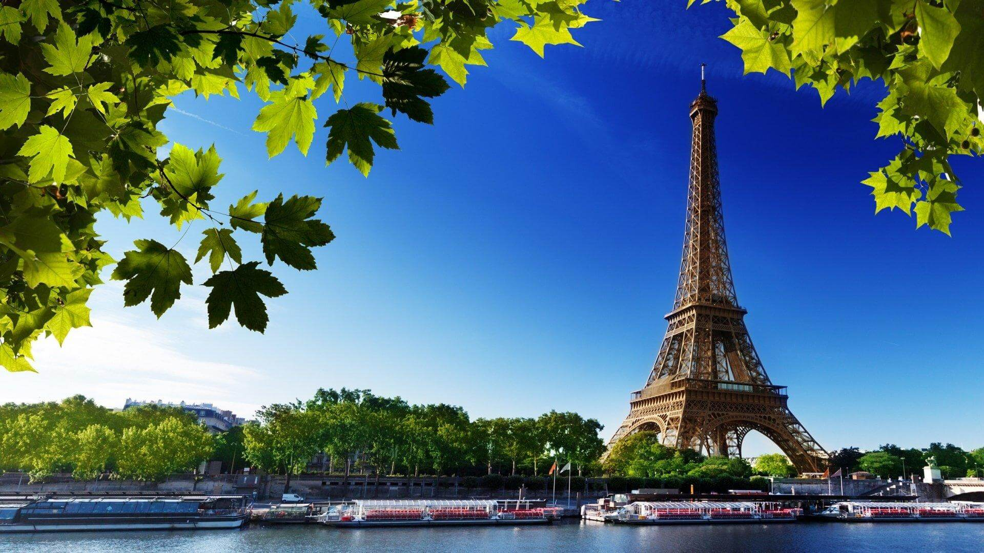 American Airlines Flights to paris
